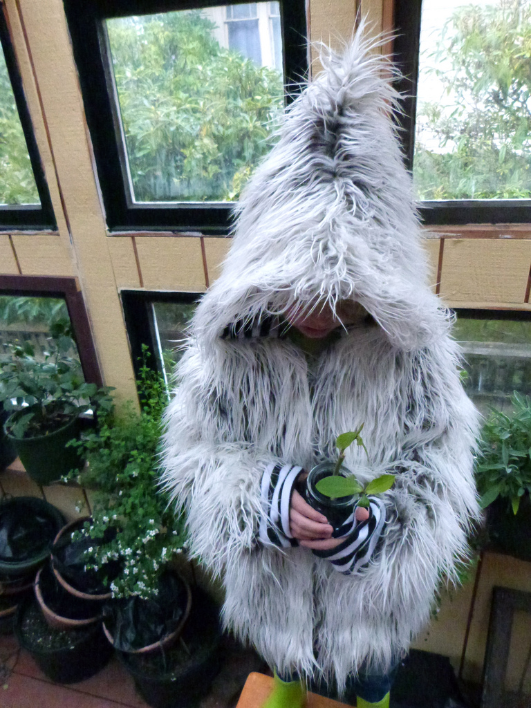 Tips: Sewing A Faux Fur Jacket